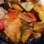 Beef Labo - Beef Labo @西葛西 ステーキカレーに添えられるたっぷりのラタトゥイユ