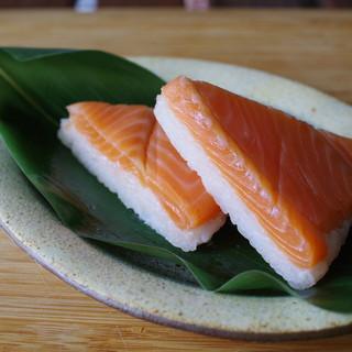扇一 ます寿し本舗 - 料理写真:鱒寿司