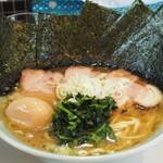 みさきや - 料理写真:美咲家ラーメンMax 950円