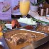 シャングリラ・モティ - 料理写真:Cランチ(ビーフカリー・チキンと溶きたまごのカリー・野菜のカリー)