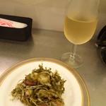 ドラゴン食堂 - 生ダコとミョウガの自家製山椒ソース (小)480円