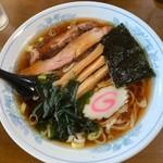 鈴木食堂 - 料理写真:【ら〜めん…600円】♫2019/6