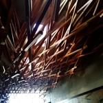 111765394 - 店内の天井。