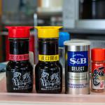 鶴亀屋食堂 - 2019.7 大間昆布醤油(甘口)と淡口醤油