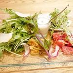 ロッチャドォーロ神楽坂 - シェフこだわり野菜のプレート