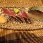 いはら田 - 戻り鰹の握りと鯖寿司