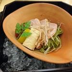 日本料理 弓張月 - フルコースの最後には、茶そば。