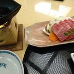 日本料理 弓張月 - 黒毛和牛みすじ肉100g