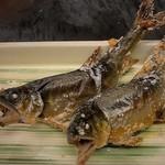 酒菜と炭 てりや - 料理写真:天然あゆの炭火焼