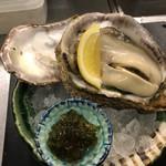 酒菜と炭 てりや - 料理写真:天然特大岩ガキの青のり土佐酢ジュレ