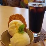 ダイニング サロン オサキ和カフェ -