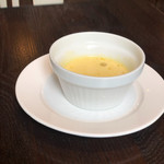 サラマンジェ・ヒロ - スープ