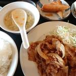 中国四川料理 美食府 - 料理写真:生姜焼き定食