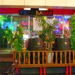 Y8/BABABAR - お店はファンキーなラスタカラー