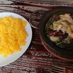 111804816 - チキン・ホウレン草、チーズ・半熟卵トッピング