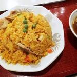 中国菜館 岡田屋 - スタミナ炒飯 760円