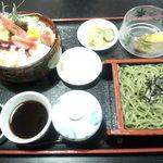 長寿庵 - 料理写真:生ちらしセット 1630円 + ごはん大盛 150円