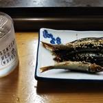 111828093 - このおつまみは最高!女将さんの手料理が、焼酎と合う。