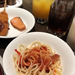 111834496 - あんかけスパと味噌カツ、焼きしゃけ(朝食ビュッフェ)