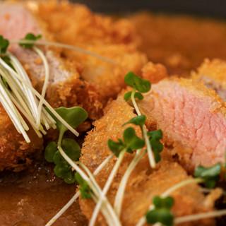 玉ねぎは淡路島産、豚は三元豚◆食材と調理法にとことんこだわる