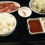 焼肉 バンバミート - ハラミ定食1200円税込。