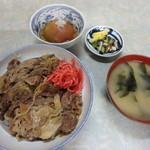 伊勢屋食堂 - 牛丼¥650&トマト酢漬¥100
