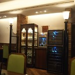 ワインと美味しい一人鍋 アスペルジュ - お店の内観