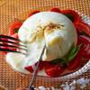 ハース - 料理写真:本場イタリア産のブッラータチーズ!!