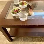 5デイズコーヒー - ボリュームあるサラダ