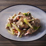 牛肉とセロリのサラダ(ヤムヌア)