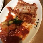 オムニ食堂 - 料理写真:キムチ