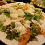 矗 - 海鮮シーザーサラダ