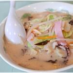 長崎亭 - 長崎ちゃんぽん 850円 野菜の旨味が溶け出したスープが美味♪