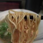 かぶき屋 - 熟玉和歌山ラーメンは細麺