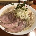 ZERO - 料理写真:濃厚豚骨味噌らーめん