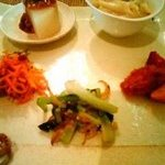 玄米・菜食 花小路 - メインプレート(旬菜6品)