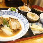 肉居酒屋 ひろしん家 - サバ味噌定食