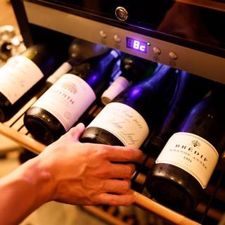 ソムリエ歴10年のオーナーソムリエが選ぶワインの数々