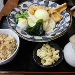 Chibuneya - ランチセットA(950円、斜め上から)