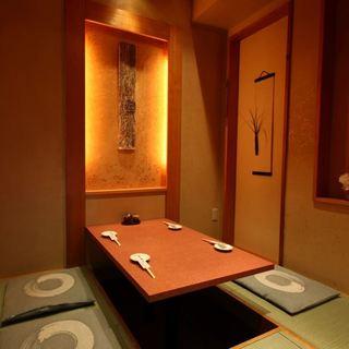 品良く落ち着いた個室は接待にもご利用いただけます。