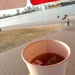 エフカイビーチ - 紅茶 300円