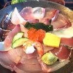 111930519 - 海鮮丼 ¥1058