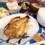 暖 - 料理写真:焼魚定食(メバル) ※常にあるわけではないので注意