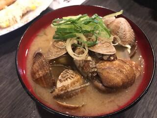 天ぷら 大吉 なんば店 - あさりの味噌汁