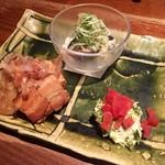 板蕎麦 山灯香 - 惣菜三種〜豚と厚揚げ長芋煮・揚げ茄子の梅おろし・じゃことあおさ海苔のポテトサラダ