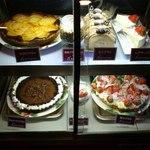 あかね珈琲館 - カウンターのケーキ