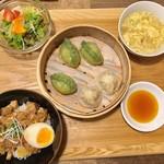 茶月譚 - 海鮮餃子小籠包ランチ