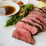 Longrain - 牛ハラミのステーキ。