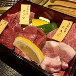 111974900 - 厚切りお肉の重箱