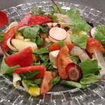 青椒 - 海の幸と季節の野菜の中国風サラダ仕立て